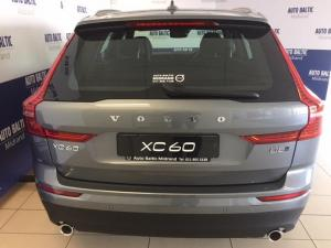 Volvo XC60 D5 Momentum Geartronic AWD - Image 6