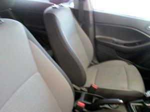 Hyundai i20 1.4 Fluid - Image 23