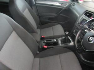 Volkswagen Golf VII 1.2 TSI Trendline - Image 9