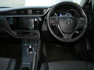 Toyota Auris 1.8 XR HSD - Image 11