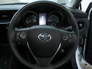 Toyota Auris 1.8 XR HSD - Image 12