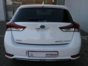 Toyota Auris 1.8 XR HSD - Image 4