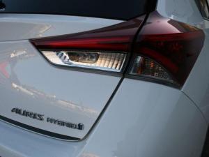 Toyota Auris 1.8 XR HSD - Image 6