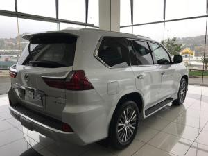 Lexus LX 4.5TD V8 - Image 2