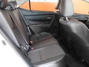 Toyota Corolla 1.6 Prestige - Image 12