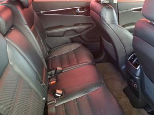 Kia Sorento 2.2D AWD automatic 7 Seater SX - Image 14