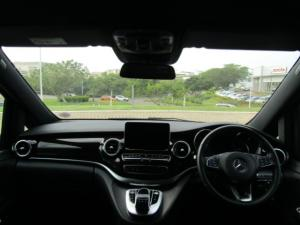 Mercedes-Benz V250 Bluetec Avantgarde automatic - Image 14