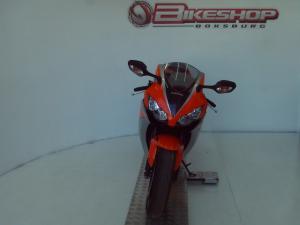 Honda CBR 1000RR Fireblade - Image 4