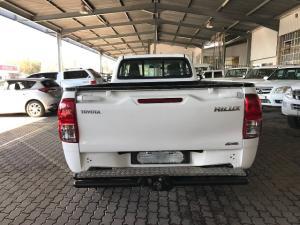Toyota Hilux 2.4GD-6 4x4 SR - Image 3