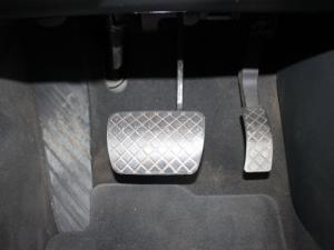 Audi A4 2.0 TDI SE Multitronic - Image 17
