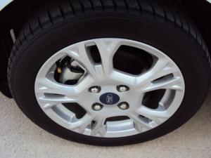 Ford Fiesta 1.0 Ecoboost Trend 5-Door - Image 20