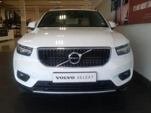 Volvo XC40 T5 Momentum AWD Geartronic - Image 2