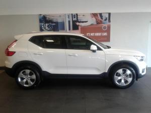 Volvo XC40 T5 Momentum AWD Geartronic - Image 3