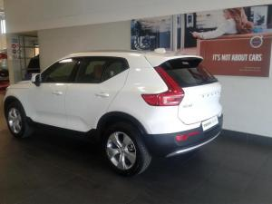 Volvo XC40 T5 Momentum AWD Geartronic - Image 4