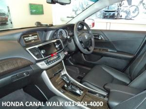 Honda Accord 3.5 V6 Exclusive - Image 3