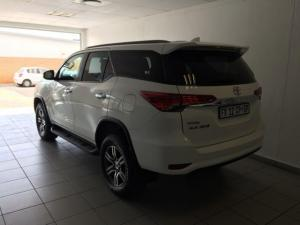Toyota Fortuner 2.4GD-6 Raised Body automatic - Image 5
