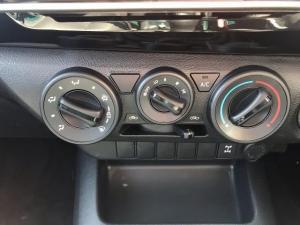 Toyota Hilux 2.4 GD-6 RB SRXS/C - Image 9