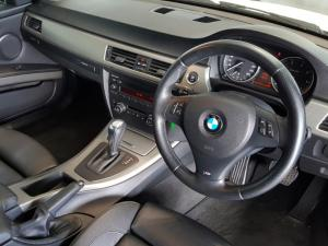 BMW 320i Coupe Sport automatic - Image 4