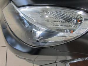 Mercedes-Benz SL 500 - Image 14