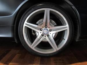 Mercedes-Benz SL 500 - Image 4