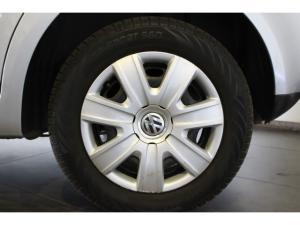 Volkswagen Polo Vivo hatch 1.4 Conceptline - Image 9