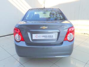 Chevrolet Sonic sedan 1.6 LS - Image 6