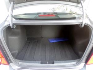 Chevrolet Sonic sedan 1.6 LS - Image 7