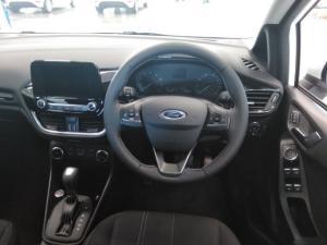 Ford Fiesta 1.0 Ecoboost Trend 5-Door automatic - Image 11