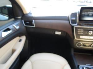 Mercedes-Benz GLS 500 - Image 11