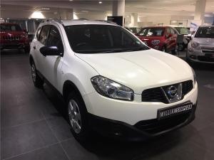 Nissan Qashqai+2 1.6 Visia - Image 1