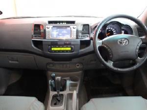 Toyota Hilux V6 4.0 double cab Raider - Image 11