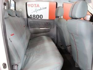 Toyota Hilux V6 4.0 double cab Raider - Image 15