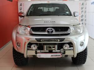 Toyota Hilux V6 4.0 double cab Raider - Image 2