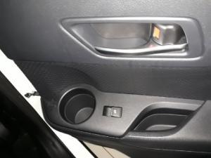 Toyota C-HR 1.2T Plus auto - Image 10