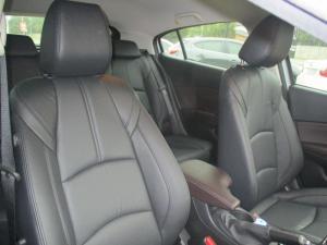 Mazda MAZDA3 1.6 Dynamic 5-Door automatic - Image 2