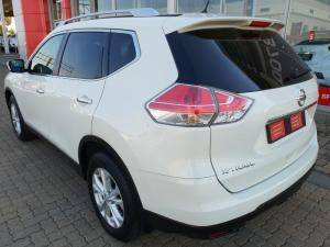 Nissan X Trail 2.5 SE 4X4 CVT - Image 3