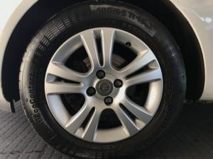 Opel Corsa 1.4 Essentia - Image 8