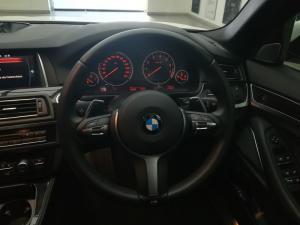 BMW 550i automatic - Image 11