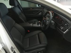 BMW 550i automatic - Image 9
