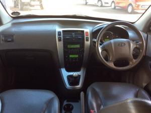 Hyundai Tucson 2.0 GLS - Image 11