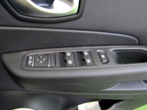 Renault Captur 900T Blaze 5-Door - Image 23