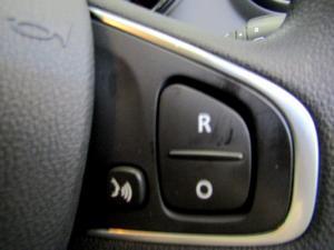 Renault Captur 900T Blaze 5-Door - Image 32