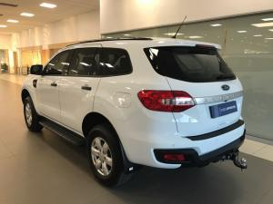 Ford Everest 2.2 TdciXLS - Image 5