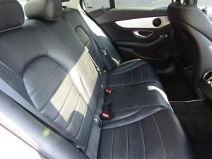 Mercedes-Benz C220 Bluetec Avantgarde automatic - Image 11