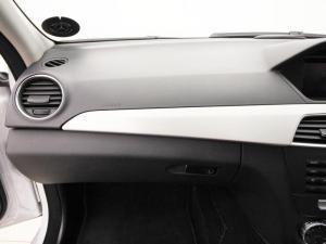 Mercedes-Benz C250 BE Avantgardeautomatic - Image 11