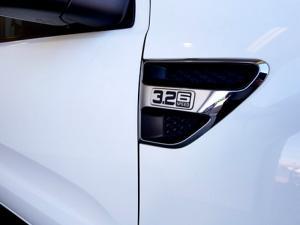 Ford Ranger 3.2TDCi XLT 4X4D/C - Image 12