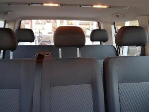 Volkswagen T5 Kombi 2.0 TDi Base - Image 10