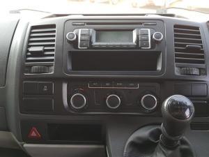 Volkswagen T5 Kombi 2.0 TDi Base - Image 15