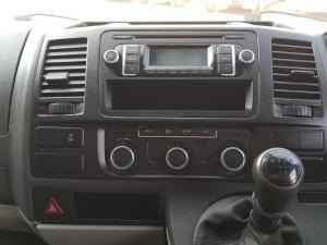 Volkswagen T5 Kombi 2.0 TDi Base - Image 33