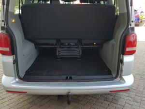Volkswagen T5 Kombi 2.0 TDi Base - Image 37